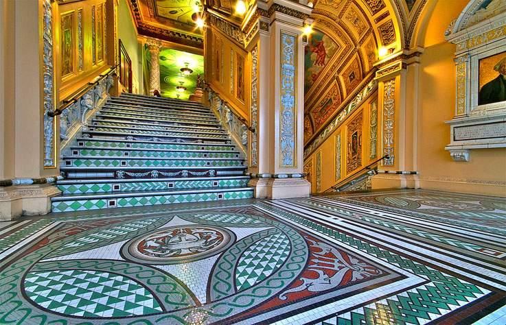 VICTORIA-AND-ALBERT-MUSEUM-LONDRES