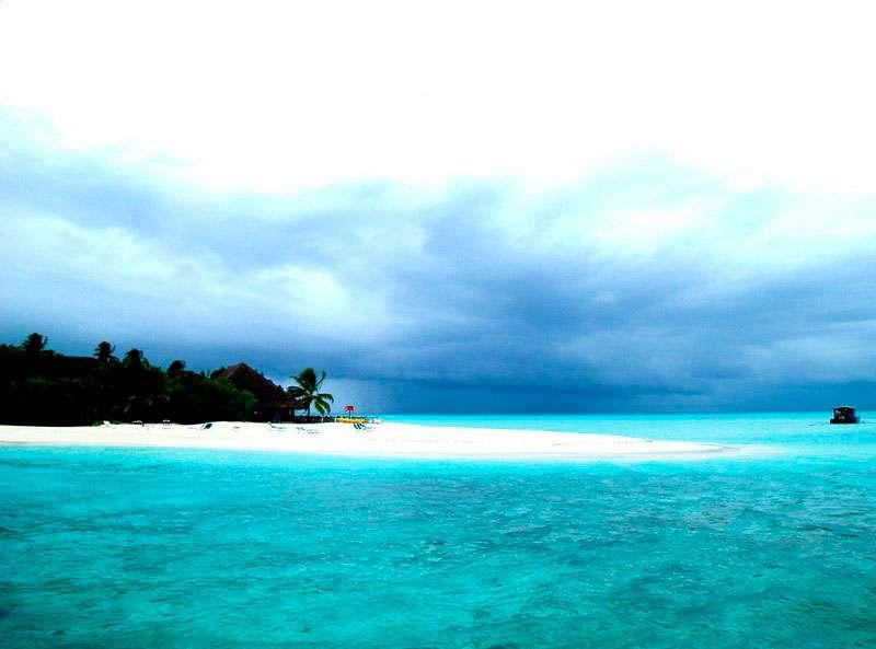 Meeru-Island-maldivas-isla