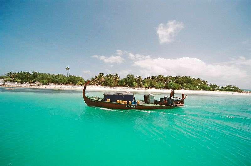 dhiffushi-maldivas-isla