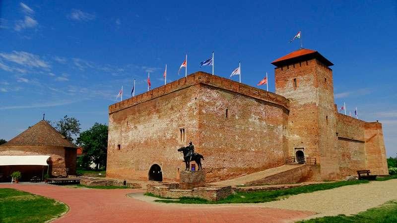 Castillo-de-Gyula