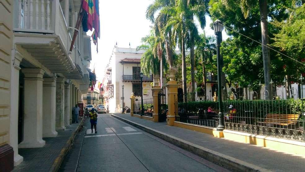 Ciudad-Amurallada-cartagena