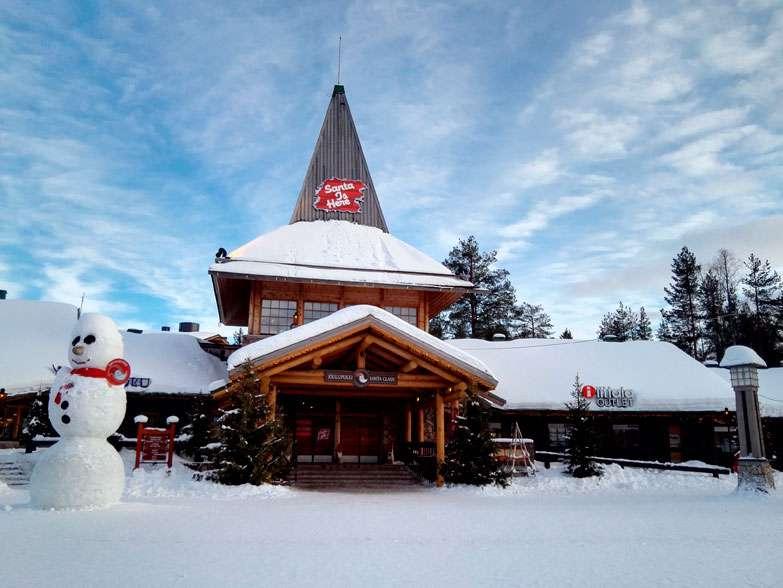 Santa-Claus-Village-finlandia